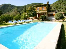wonderful quiet surroundings, a beautiful mansion for 6 persons