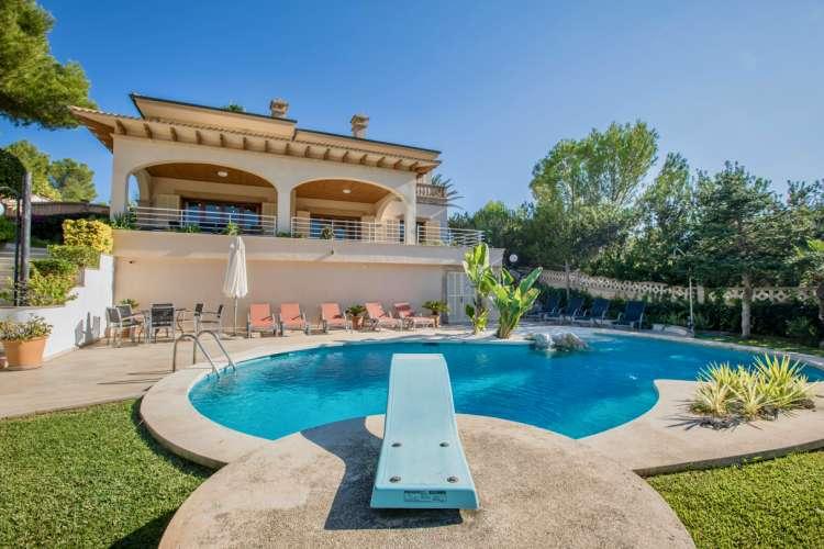 Mallorca Ferienhaus Bei Cala Ratjada Villa Mit Pool Nahe Strand Und Traumhaften Meerblick Privat Pool In Exklusiver Lage Zu Mieten Fur Bis Zu 10 Personen
