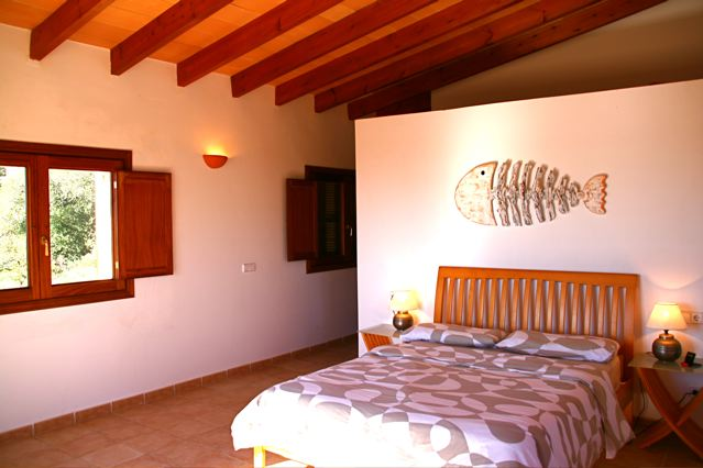 finca mallorca fincaferien f r familien ferienhaus mit pool nicht einsehbaren grundst ck f r 6. Black Bedroom Furniture Sets. Home Design Ideas