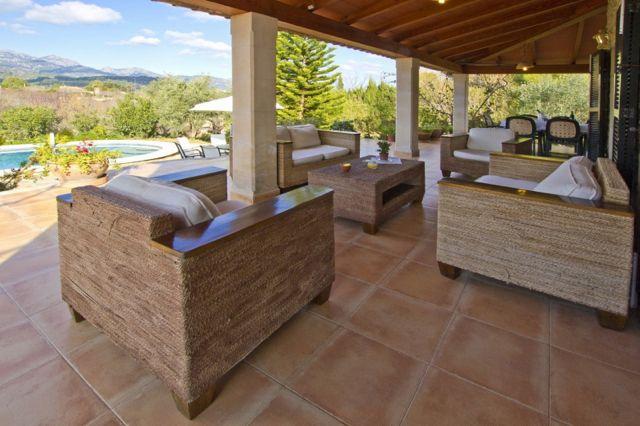 ruhig gelegenes ferienhaus mit g stehaus sch ne finca mit pool f r 12 2 personen gepflegte. Black Bedroom Furniture Sets. Home Design Ideas