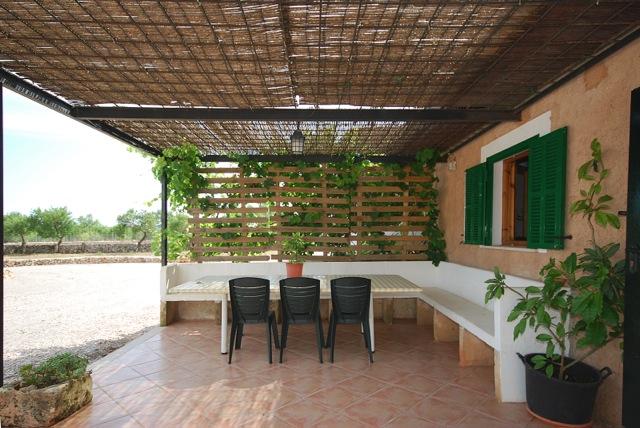 Finca ferienhaus mieten auf mallorca mit pool g nstig im for Mieten von privat