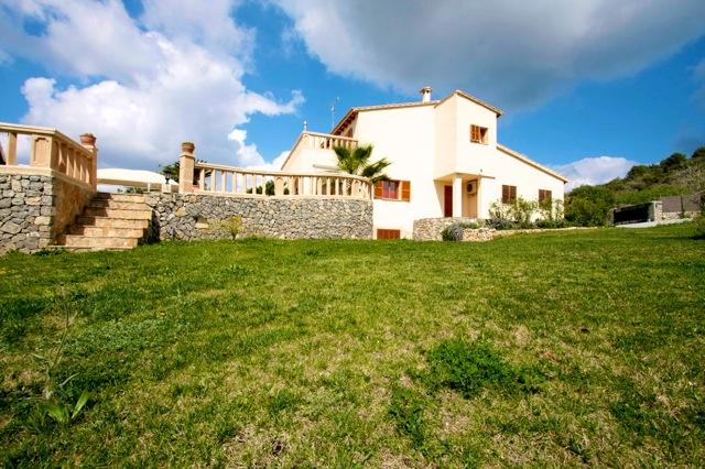 Mallorca traum ferienhaus mieten mit pool gro e villa mit for Mallorca ferienhaus mieten