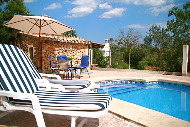 Great Small Romantic Finca For 5 Persons With Swimming Pool And BBQ, In Quiet  Surroundings In Buger And Childproofed Swimming Pool