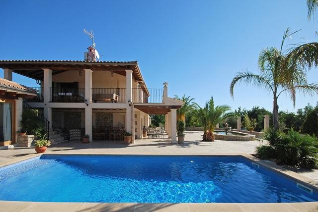 Außenküche Für Kinder : Mallorca ferienhaus finca für bis zu personen mit pool nahe