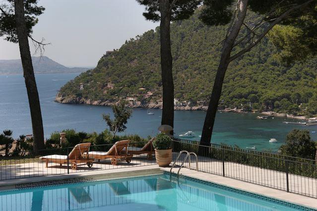 Traumvilla am meer strandzugang finca mit service for Mallorca villa mieten