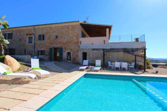 Ferienunterkunft Buchen Mallorca   Moderne Luxus Finca Mit Großem Pool ...