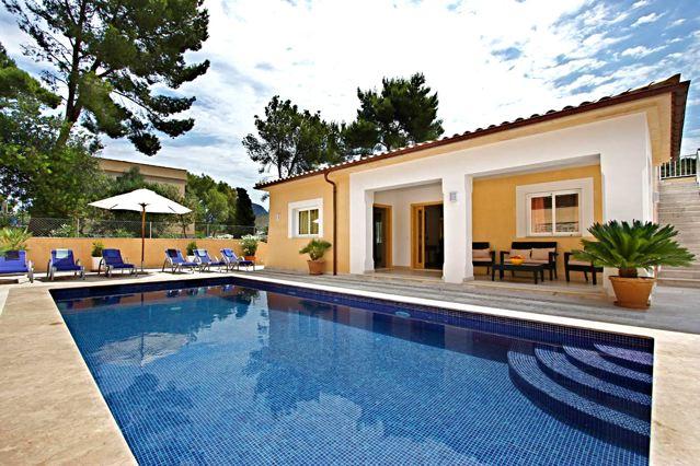 Mallorca Ferienhaus am Strand, modern, geschmackvoll, komfortabel ...